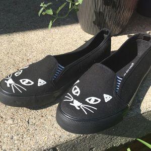 🐱 Cat Shoes 🐱
